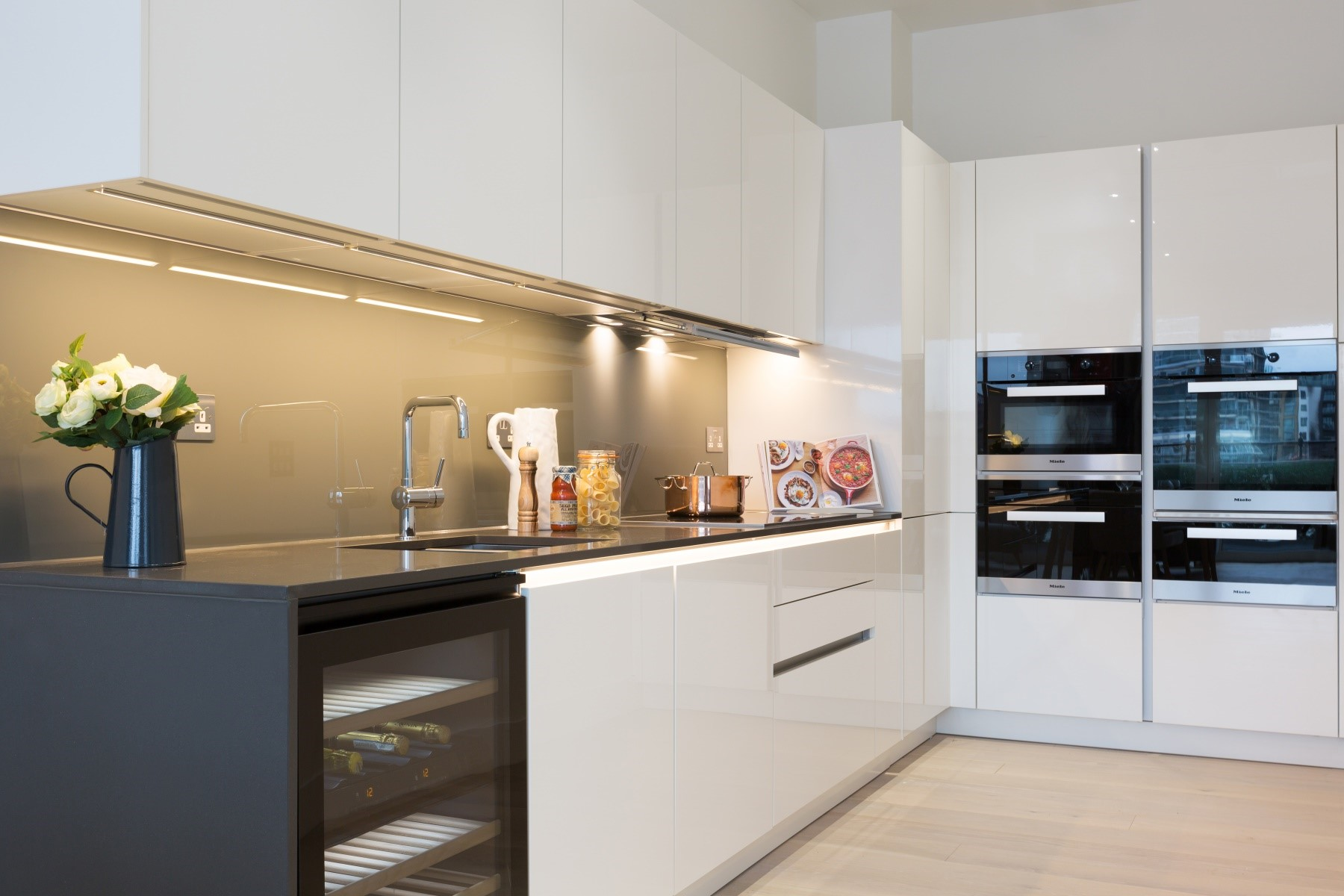 Kitchen 2 Bedroom Apartment | Fulham Riverside | MyLo London