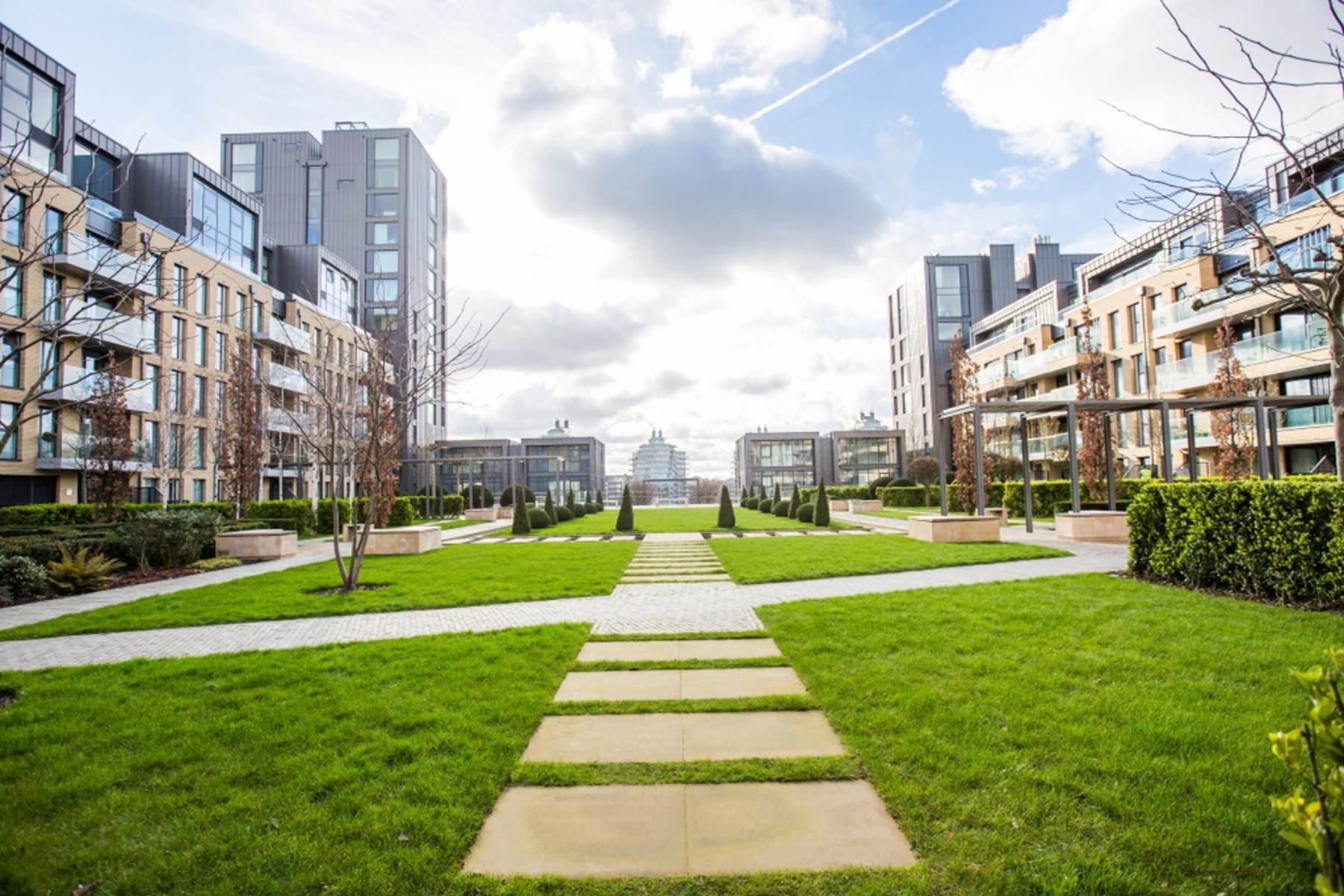 Communal Gardens | Fulham Riverside | MyLo London