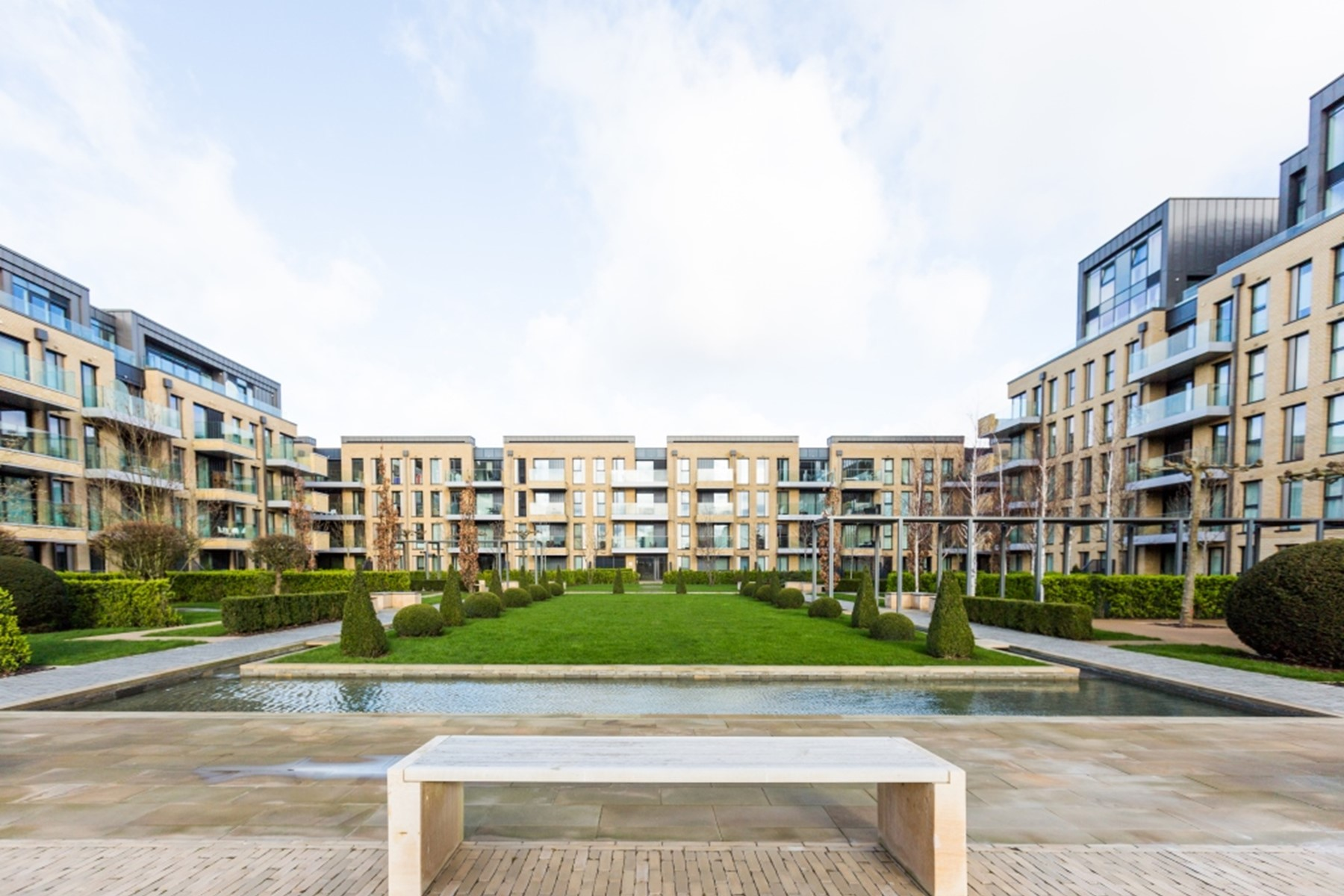 Exterior view | Fulham Riverside | MyLo London