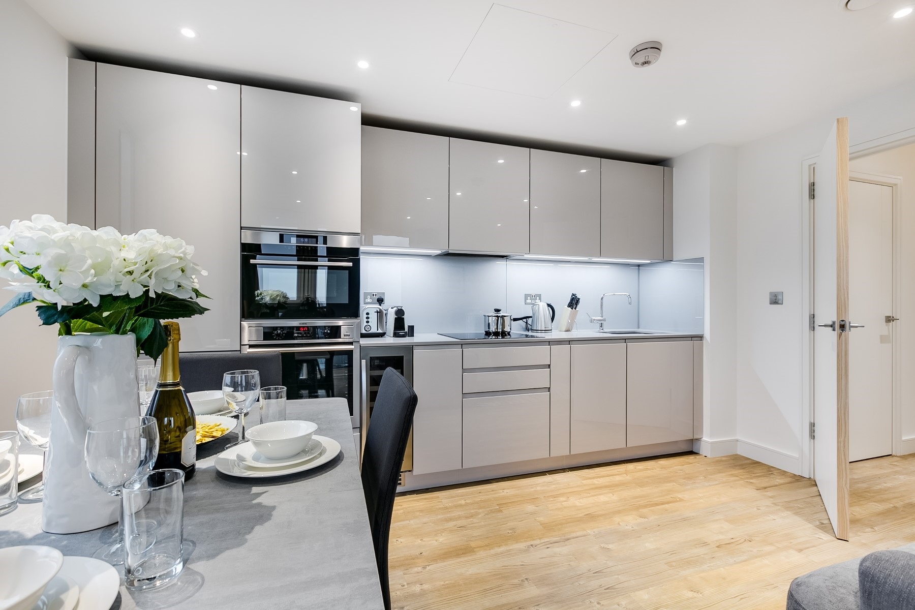 Open Plan Kitchen | Nine Elms Point | MyLo London