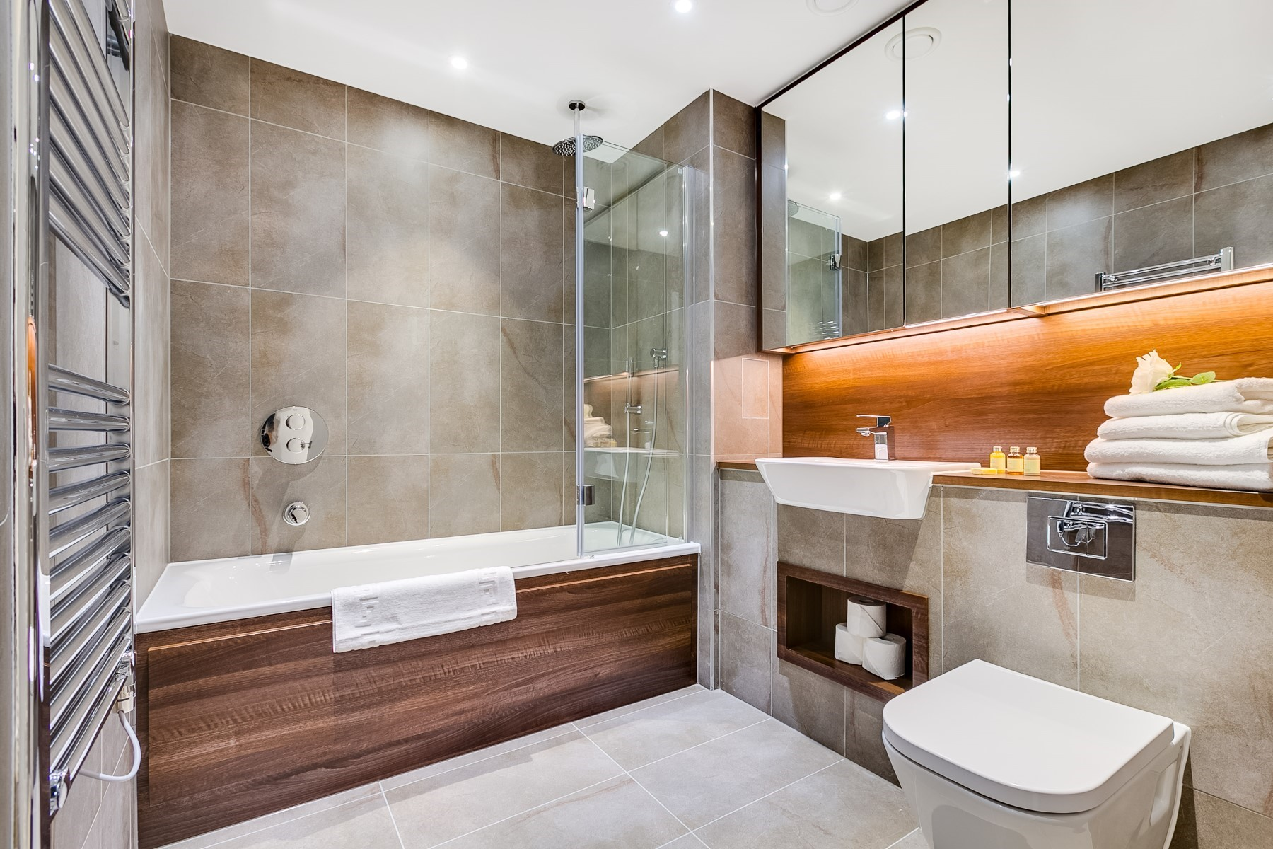 Main Bathroom 2 Bedroom Apartment | Nine Elms Point | MyLo London