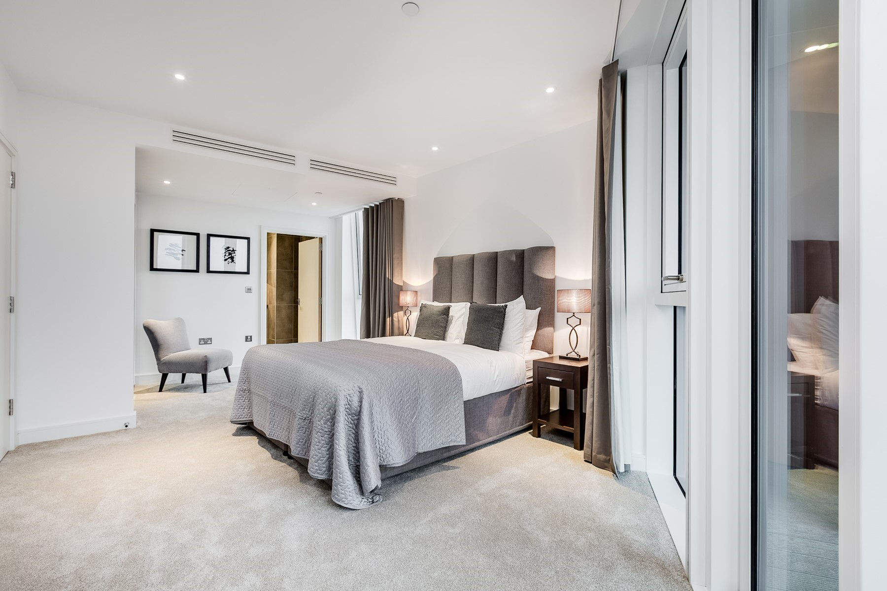 En Suite Bedroom, 3 Bedroom Apartment | Nine Elms Point | MyLo London